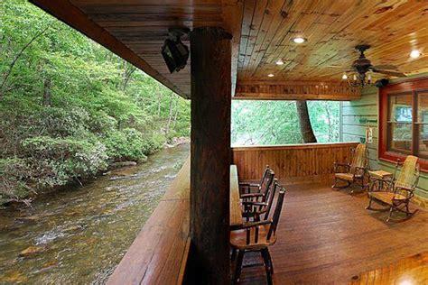 Luxury Cabin Rentals Helen Ga by Helen Ga Cabin Rentals A River Runs Thru It Luxury