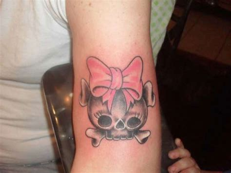 pretty skull tattoo designs 49 tremendous skull tattoos creativefan