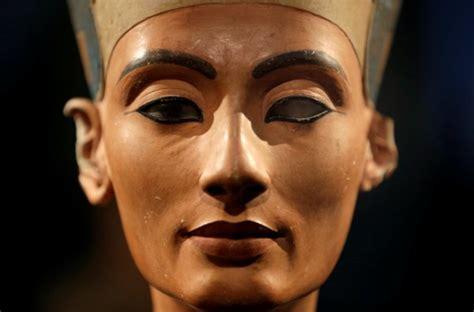 imagenes egipcias nefertiti nefertiti 100 a 241 os de reinado en berl 237 n m 233 nage 224 dos