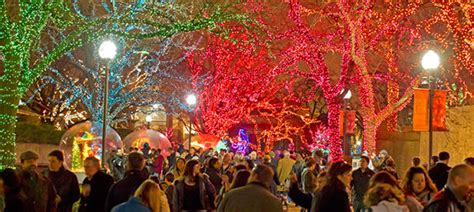 5 Things To Do If You Want To Optoutside The Beachbody Blog Zoo Lights Lincoln Park