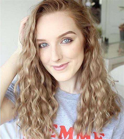 heatless hairstyles for layered hair best 25 overnight wavy hair ideas on pinterest