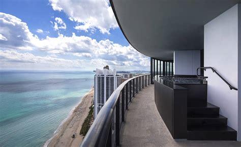 porsche design tower pool myrta pools per la porsche design tower di miami beach area
