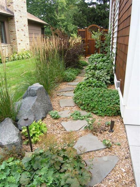 Traditional Side Yard Landscape Ideas Designs Remodels