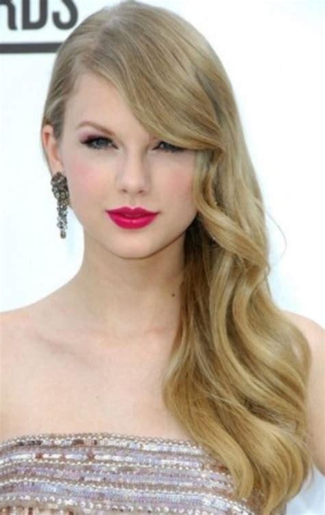tutorial on how to cut taylor swift haircut 26 taylor swift hairstyles celebrity taylor s hairstyles