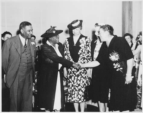 Black Cabinet Fdr by File Mcleod Bethune Quot Mrs Eleanor Roosevelt And