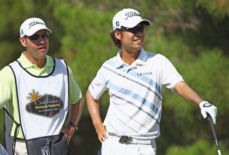kevin na golf swing monday swing analysis don t try kevin na s whiff golf
