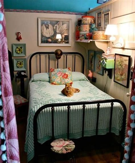cute vintage bedrooms 18 retro themed bedroom design ideas the sleep judge