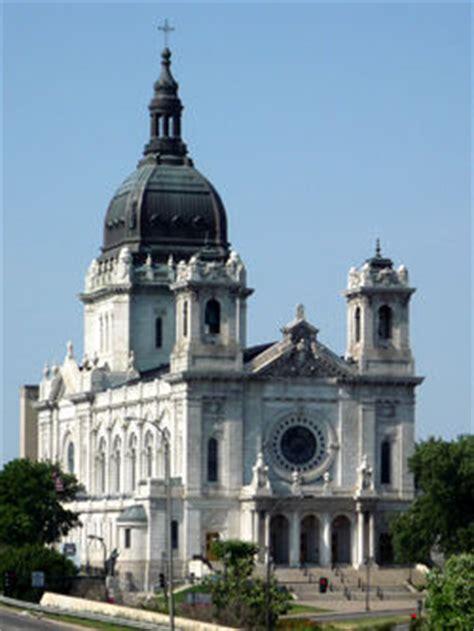 churches in downtown minneapolis