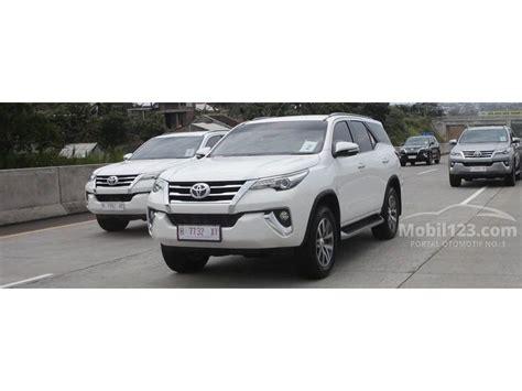 Toyota Fortuner Vrz 2 4 At 2016 jual mobil toyota fortuner 2016 vrz 2 4 di dki jakarta