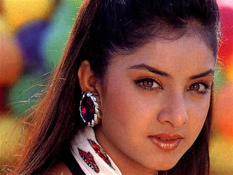 actress divya bharti wikipedia bollywood heroines dead and gone mysteriously parveen