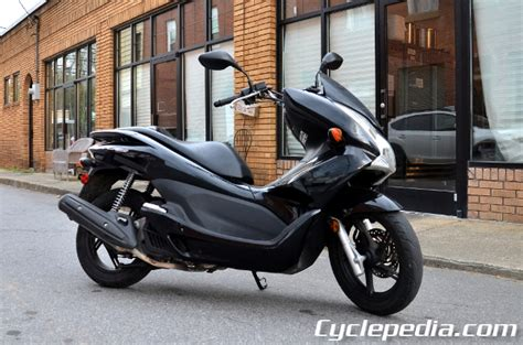 honda pcx 125 150 cyclepedia printed scooter service