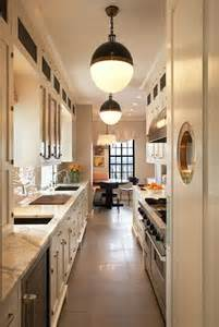 Ideas For Narrow Kitchens by 25 Best Ideas About Long Narrow Kitchen On Pinterest