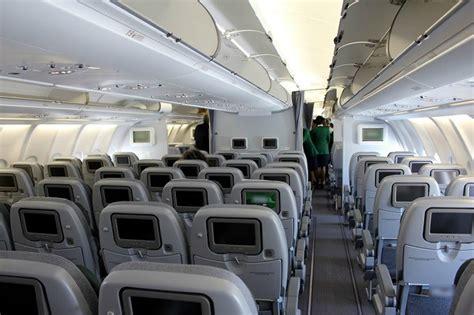interno aereo alitalia l igiene scarseggia sugli aerei e negli aeroporti the