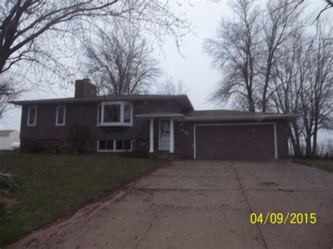 houses for sale in cedar falls iowa cedar falls iowa reo homes foreclosures in cedar falls iowa search for reo