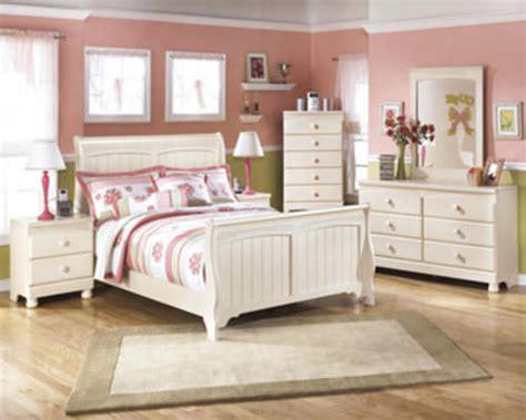 cottage retreat bedroom set signature design  ashley furniture