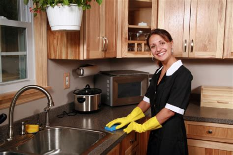 what to expect from a house cleaner what to expect when you hire a maid service house cleaning tips