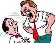 capo ufficio sta il capo vi maltratta in ufficio a rischio il vostro