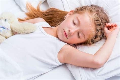 fiori di bach bambini sonno i disturbi sonno nei bambini dai 6 ai 12 anni
