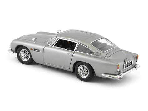 danbury mint aston martin db5 1964 aston martin db5 saloon bond 007 danbury mint