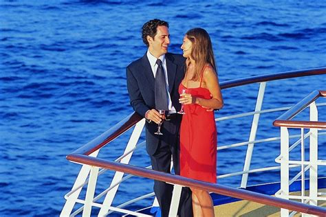 boat cruise dress code cruise ship dress codes explained
