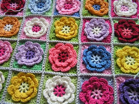 flower pattern granny square crochet beautiful granny square flowers for afghans and