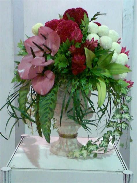 flower arrangements images 17 best images about flower arrangements on floral arrangements vintage china and