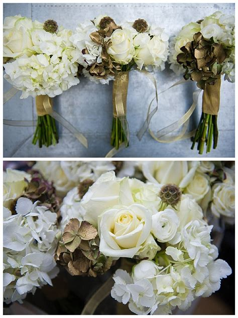Handbouquet Goldwhite grey white and gold wedding flowers glamorous new years wedding for flowers