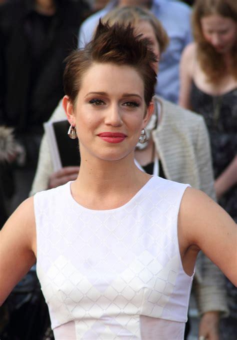 daniella kertesz buzz cut 41 trendy hair styles that make you look younger