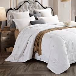versailles empress duvet wool blend comforter in