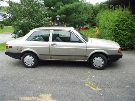 sydneevw 1988 volkswagen fox specs photos modification info at cardomain service manual 1988 volkswagen fox driver seat removal vwvortex com fs clean and sorted 88