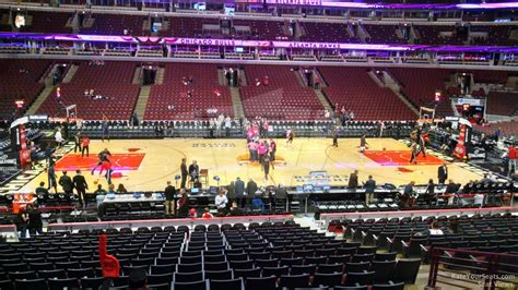 at section 101 united center section 101 chicago bulls rateyourseats com