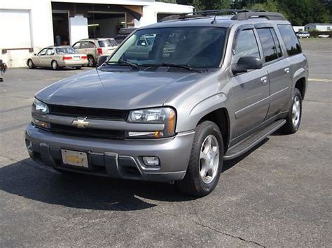 how to learn all about cars 2005 chevrolet classic seat position control buy used 2005 chevy trailblazer lt in fairless hills pennsylvania united states