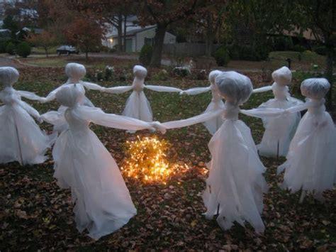 super easy diy outdoor halloween decorations