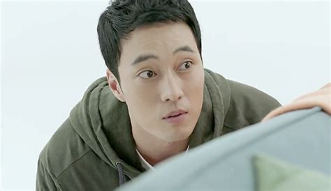 Oh My Venus Me Or Not Oh My Ghost Lets Fight Ghost so ji sub sneaks up on shin min ah in oh my venus