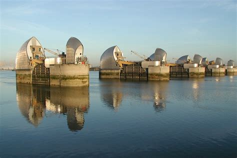 thames flood barrier video new technologies help the environment agency prevent