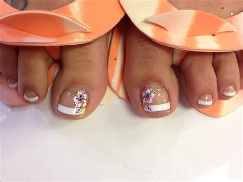 flower design on toes tropical flower toes design tiffy d nail art more