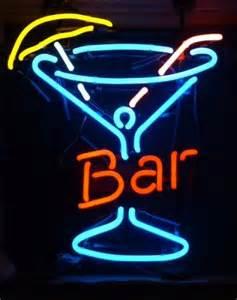 enseigne lumineuse n 233 on bar avec verre cocktail 47 x 52 cm