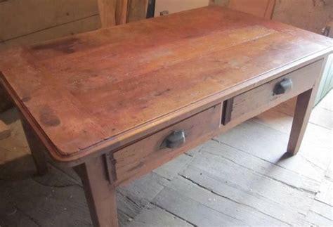 table avec tiroir tables et tables basses maison artur stiles