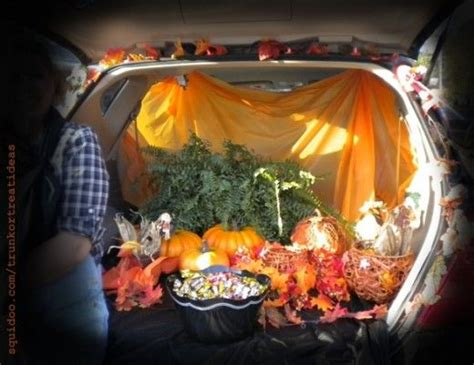 halloween tailgate themes 17 best images about trunk or treating ideas on pinterest