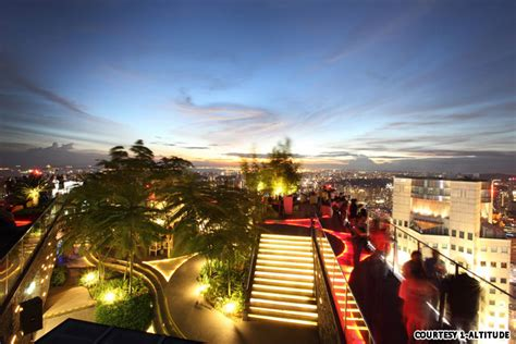 Singapore Roof Top Bars by Best Singapore Rooftop Bars Singapore Student Hostel