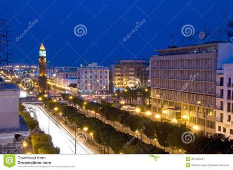 bé tunisia avenue habib bourguiba tunisie de tour d horloge images