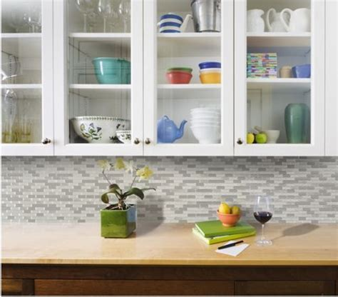 azulejos adhesivos cocina frentes de cocina nuevos con estos azulejos adhesivos