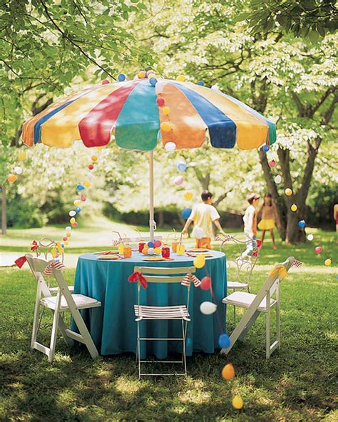 How to Throw a Kids' Carnival Party   Martha Stewart