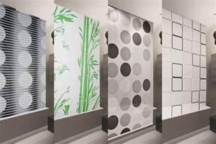 duschvorhang badewanne duschrollo basic 7 breiten zur wahl duschvorhang schwarz