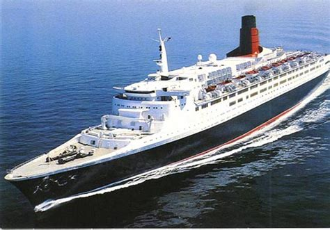 queen elizabeth ii ship pitcairn island big flower queen elizabeth 2
