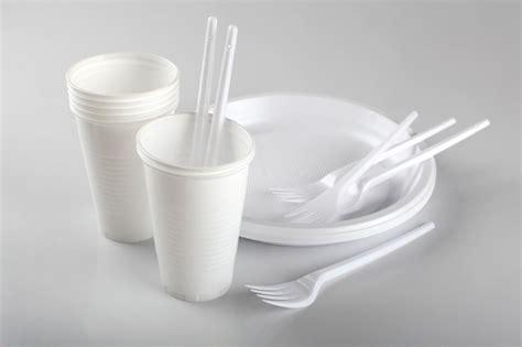 bicchieri di plastica prezzi offerta bicchieri plastica e attrezzature per bar locali