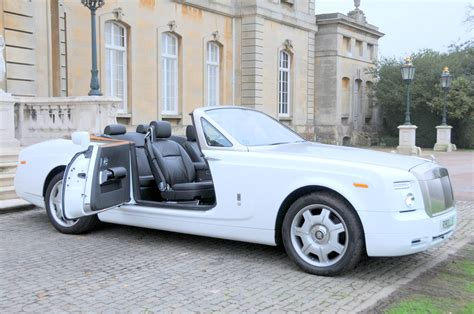 roll royce rent rolls royce phantom drophead prestige classic wedding cars