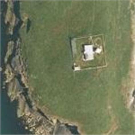 Bear Grylls House In St Tudwal S Island United Kingdom Virtual Globetrotting