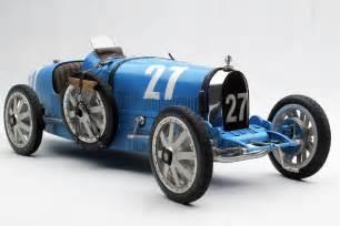 blue bugatti type 35 by amalgam collection 1 8