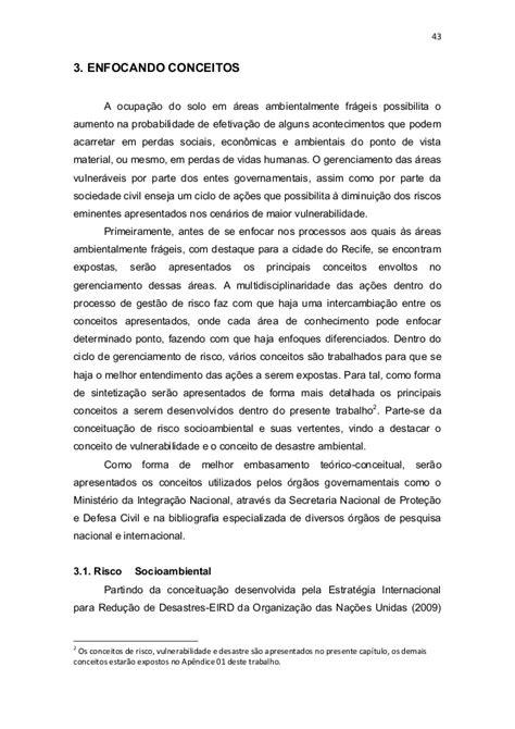 ENTRE OS RISCOS NATURAIS E OS DESASTRES SOCIOAMBIENTAIS